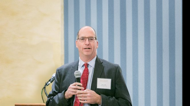 Eric Gelb speaks at Parents Night Reception at Penn Club ,Tarnopol Room. Photography coverage Arpi Pap Studio Images