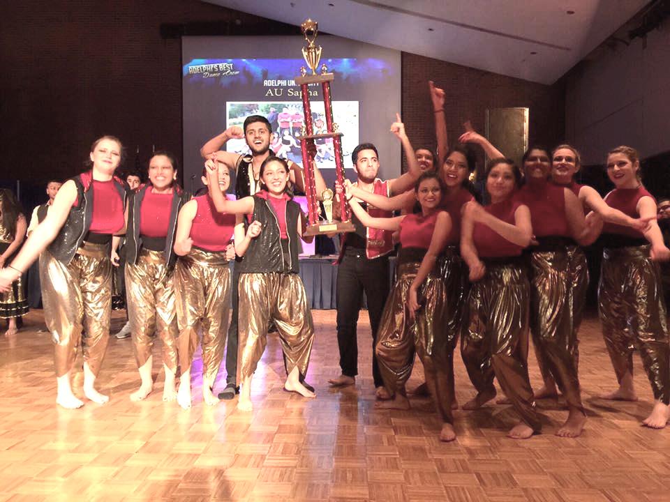 Macaulay Deewane Dancers win an award.