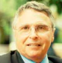 Macaulay Foundation Board Member Steven Phillips
