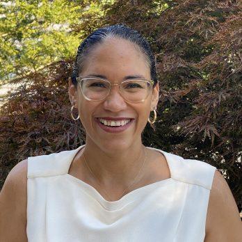 Dr. Vanessa K. Valdés